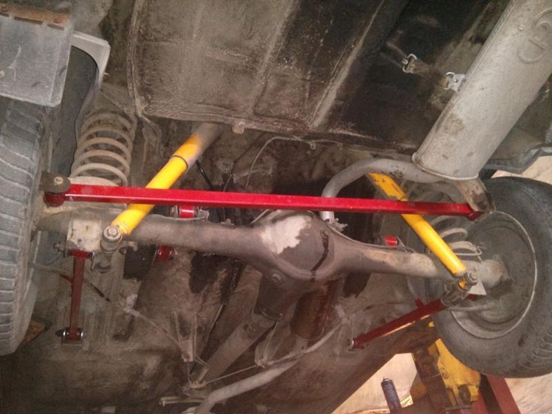 Замена и ремонт реактивных тяг